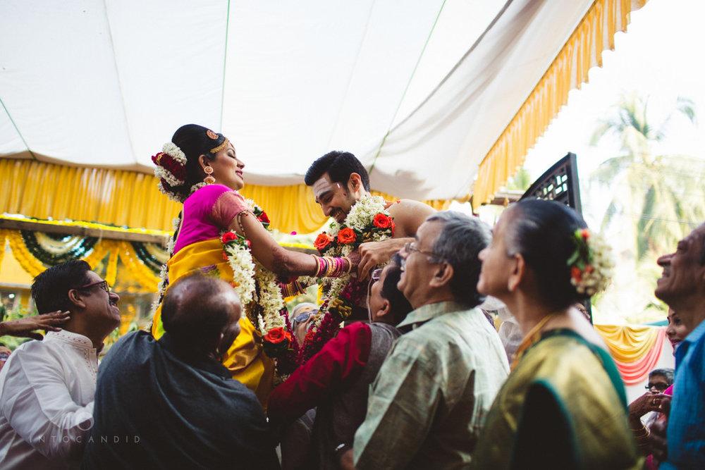 mumbai-wedding-photography-intocandid-southindian-wedding-photographer-ag-18.jpg