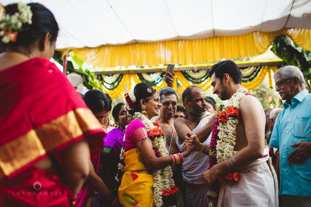 mumbai-wedding-photography-intocandid-southindian-wedding-photographer-ag-19.jpg
