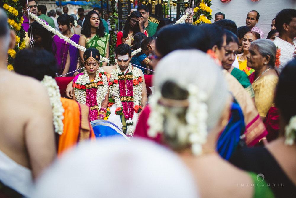 mumbai-wedding-photography-intocandid-southindian-wedding-photographer-ag-20.jpg