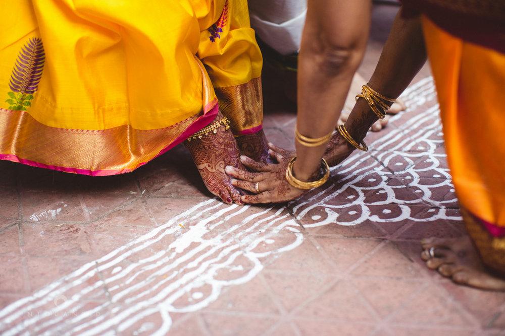mumbai-wedding-photography-intocandid-southindian-wedding-photographer-ag-22.jpg