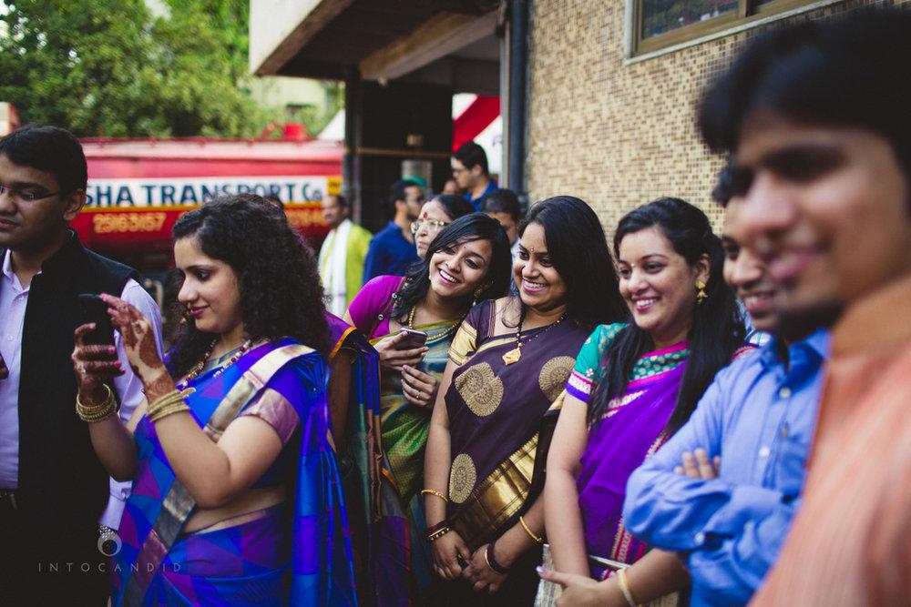 mumbai-wedding-photography-intocandid-southindian-wedding-photographer-ag-25.jpg