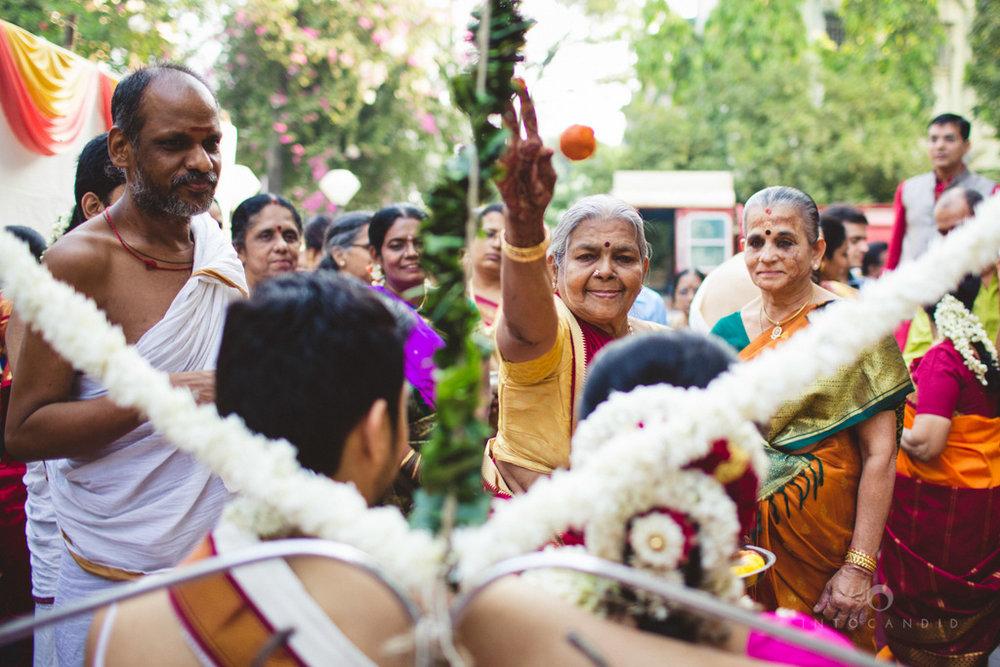 mumbai-wedding-photography-intocandid-southindian-wedding-photographer-ag-27.jpg