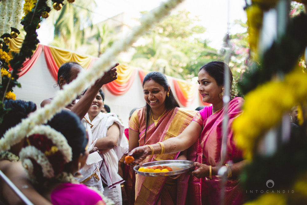 mumbai-wedding-photography-intocandid-southindian-wedding-photographer-ag-28.jpg