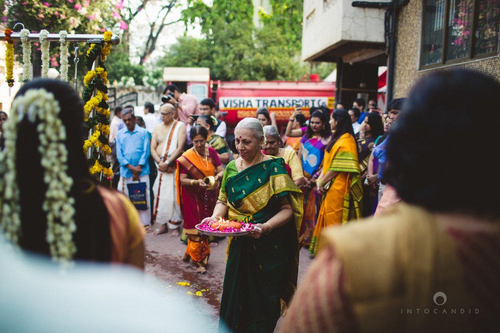 mumbai-wedding-photography-intocandid-southindian-wedding-photographer-ag-31.jpg