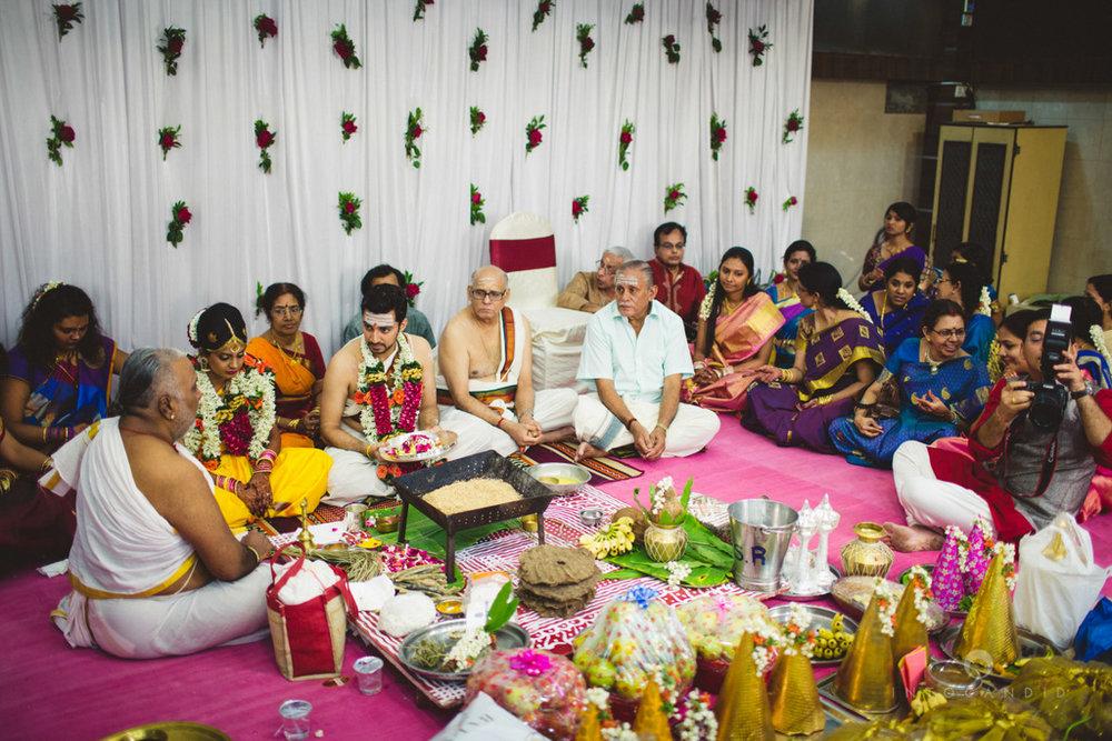 mumbai-wedding-photography-intocandid-southindian-wedding-photographer-ag-34.jpg