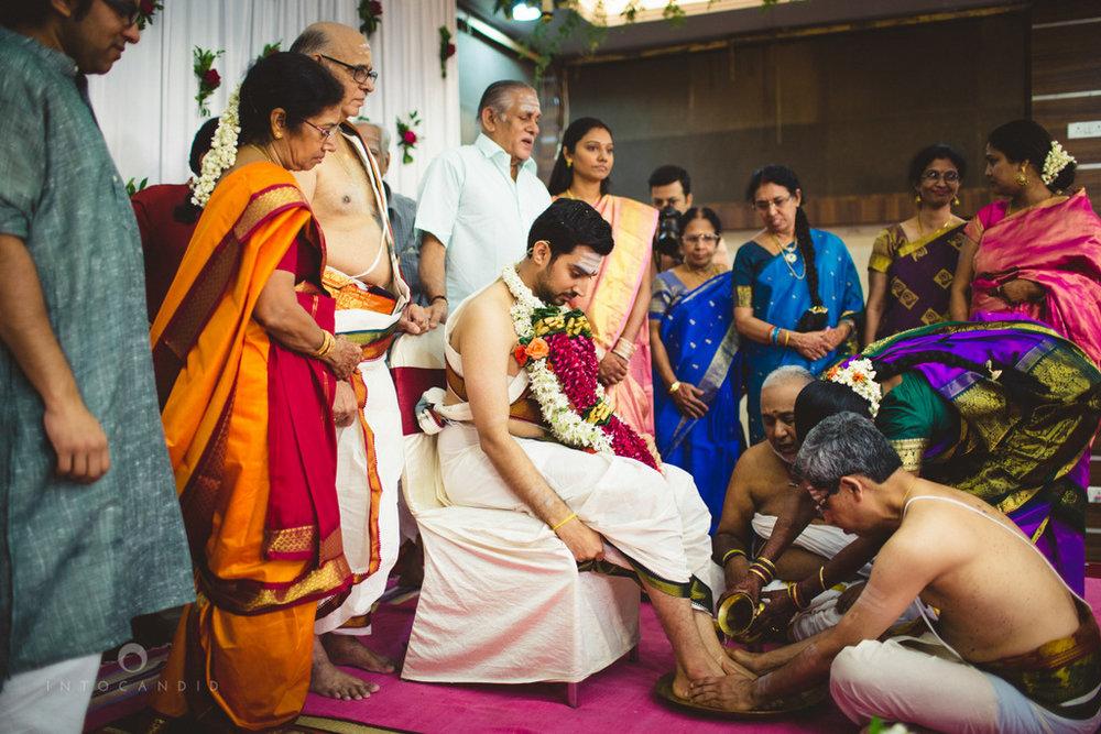 mumbai-wedding-photography-intocandid-southindian-wedding-photographer-ag-37.jpg