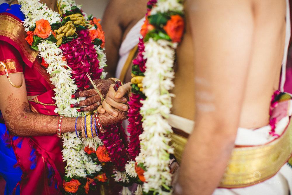 mumbai-wedding-photography-intocandid-southindian-wedding-photographer-ag-57.jpg