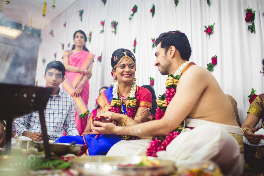 mumbai-wedding-photography-intocandid-southindian-wedding-photographer-ag-59.jpg