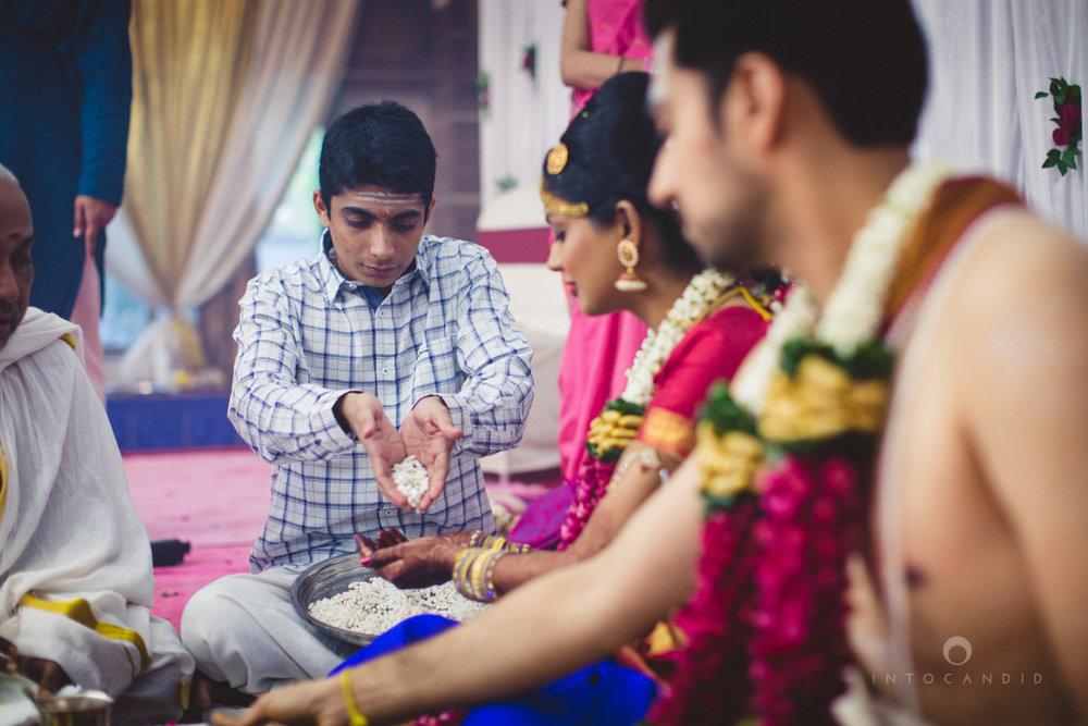 mumbai-wedding-photography-intocandid-southindian-wedding-photographer-ag-61.jpg