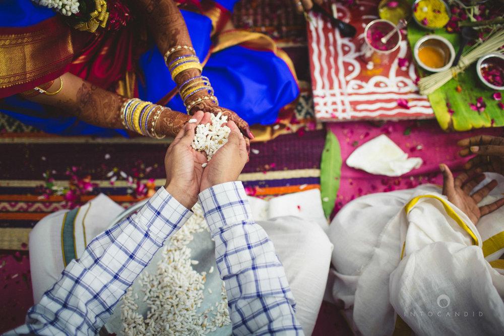 mumbai-wedding-photography-intocandid-southindian-wedding-photographer-ag-62.jpg