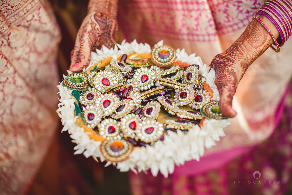 mumbai-gujarati-wedding-photographer-intocandid-photography-tg-038.jpg