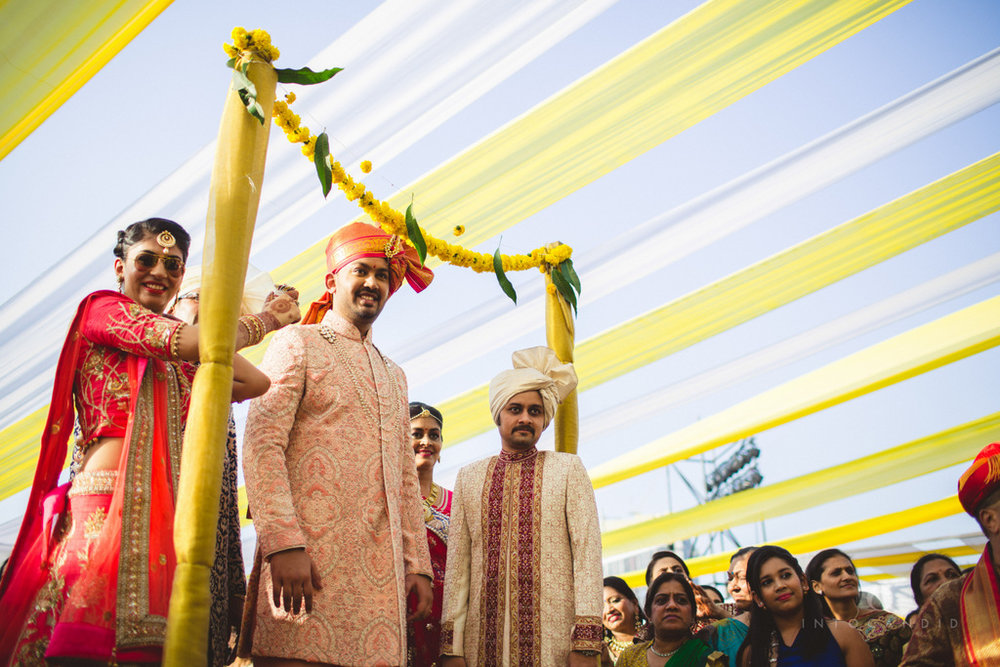 mumbai-gujarati-wedding-photographer-intocandid-photography-tg-045.jpg