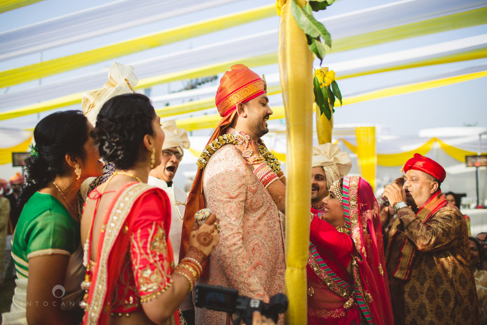 mumbai-gujarati-wedding-photographer-intocandid-photography-tg-048.jpg