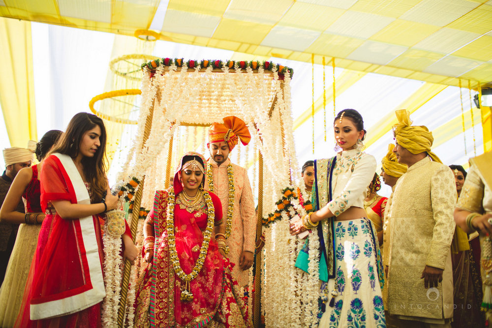mumbai-gujarati-wedding-photographer-intocandid-photography-tg-051.jpg