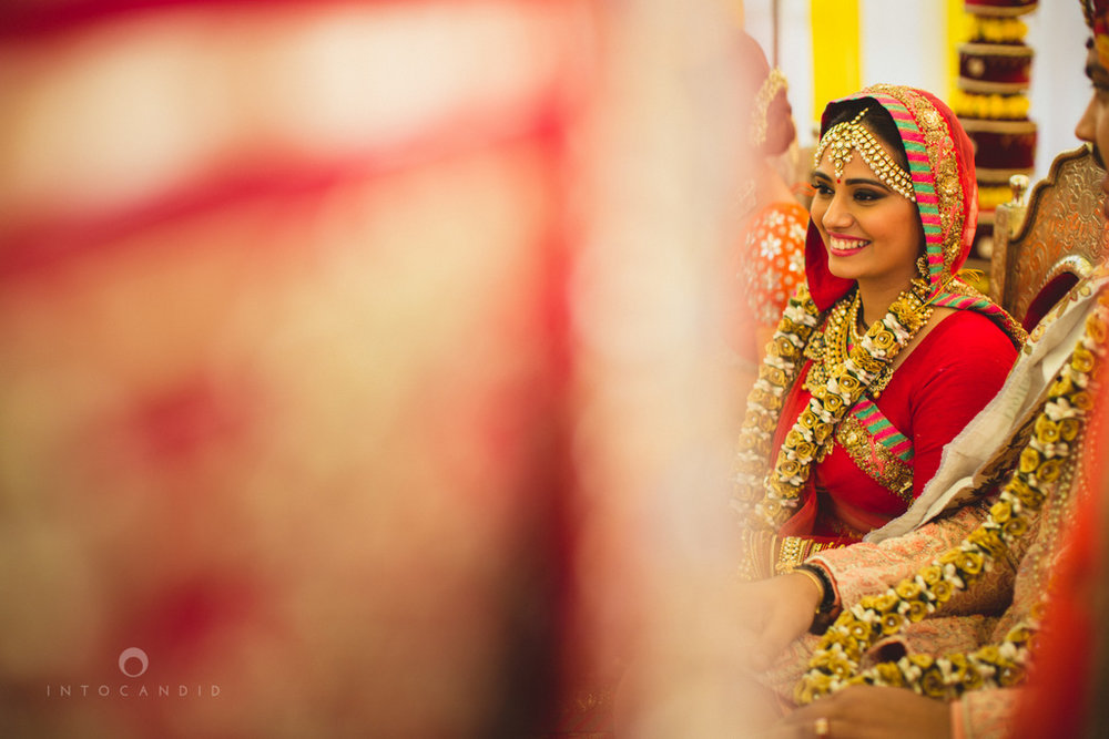 mumbai-gujarati-wedding-photographer-intocandid-photography-tg-055.jpg