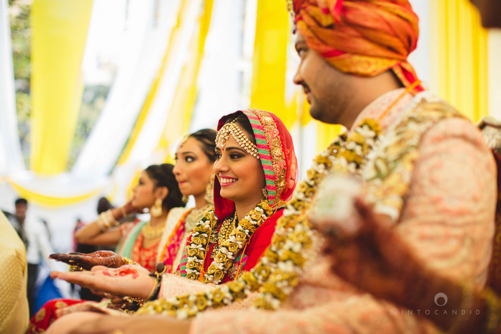 mumbai-gujarati-wedding-photographer-intocandid-photography-tg-060.jpg