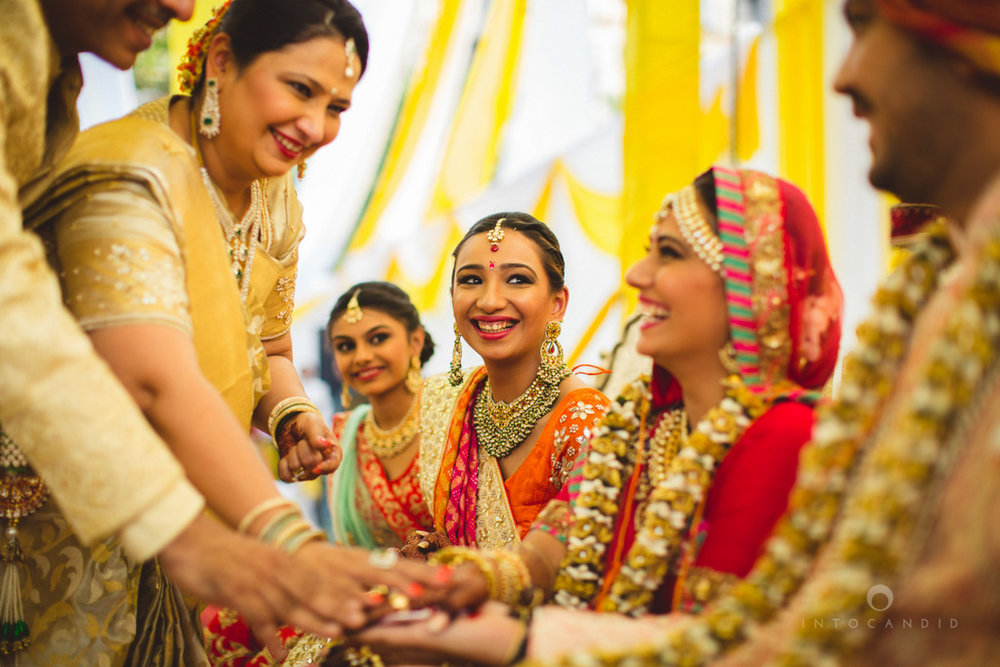 mumbai-gujarati-wedding-photographer-intocandid-photography-tg-064.jpg