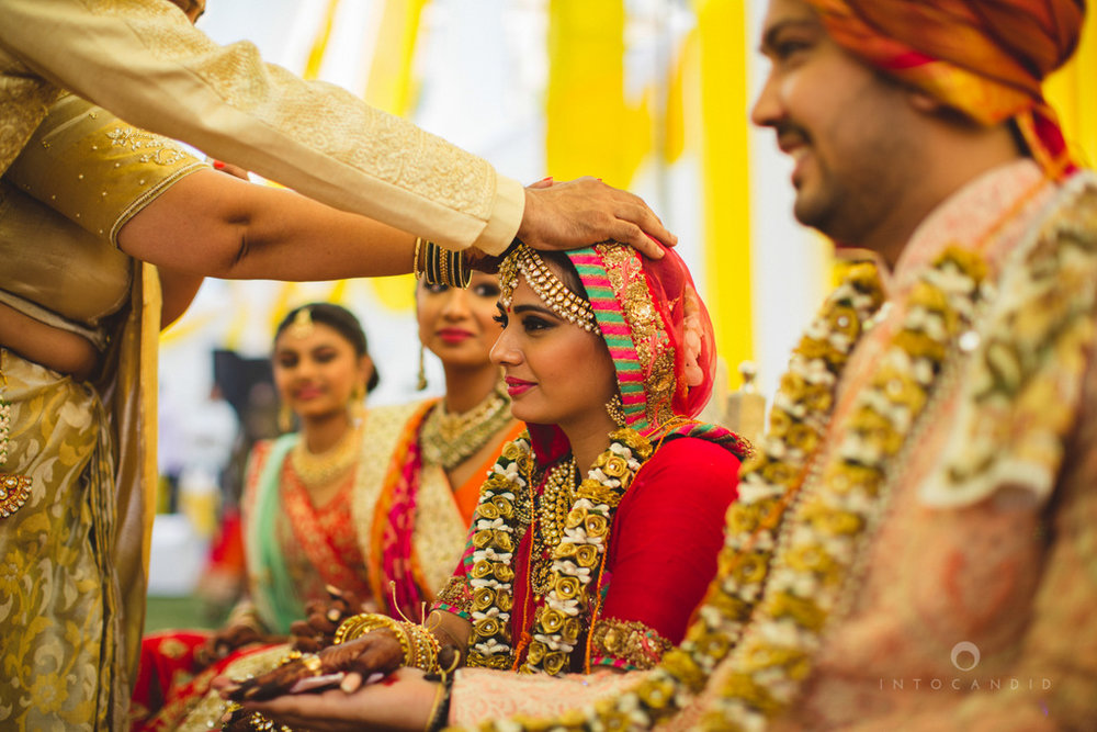 mumbai-gujarati-wedding-photographer-intocandid-photography-tg-065.jpg