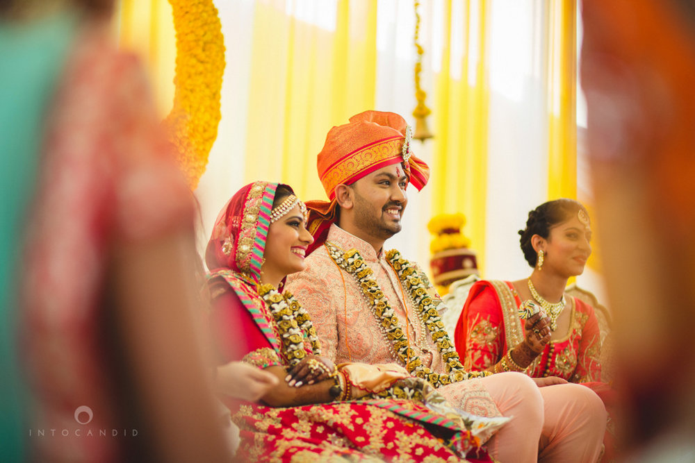 mumbai-gujarati-wedding-photographer-intocandid-photography-tg-075.jpg