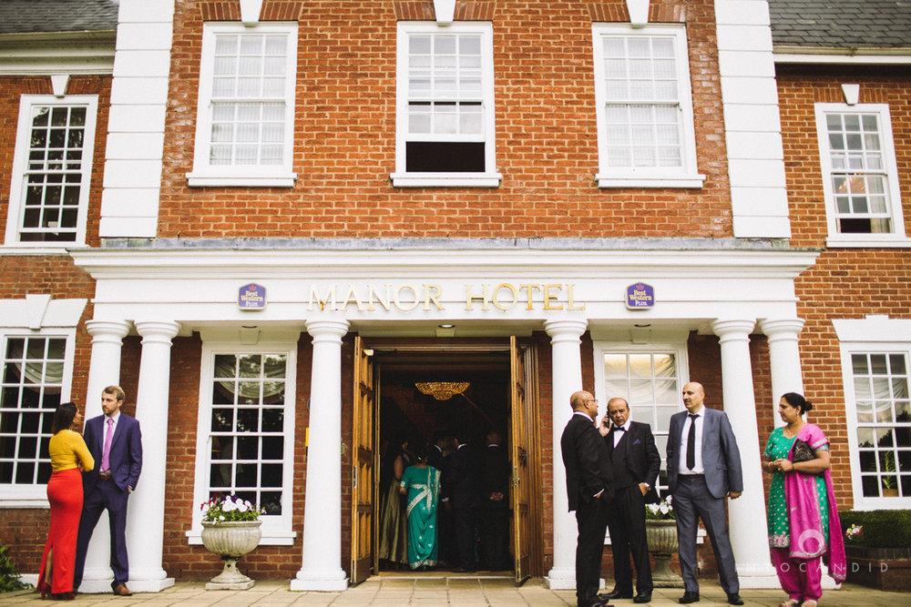 london-uk-manor-hotel-solihull-wedding-photography-intocandid-destination-photographers-ketan-manasvi-neetavimal-074.jpg