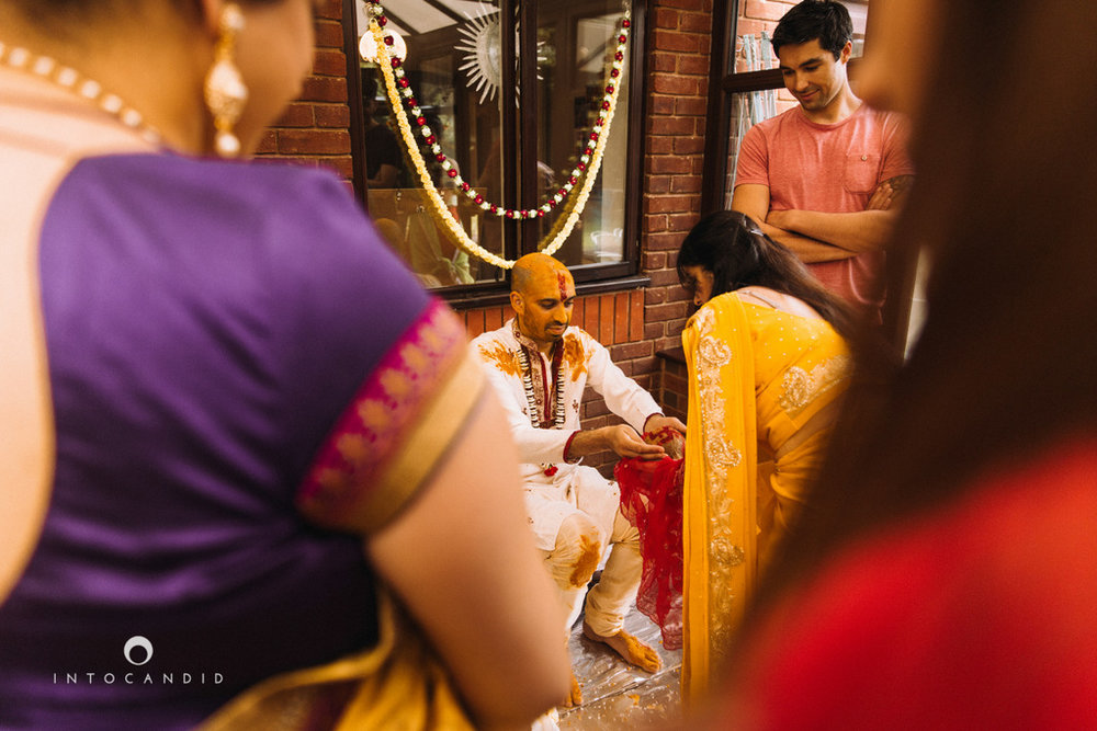 coventry-wedding-photography-wedding-destination-photographers-asian-wedding-hindu-intocandid-manasvi-ketan-photographer-61.jpg