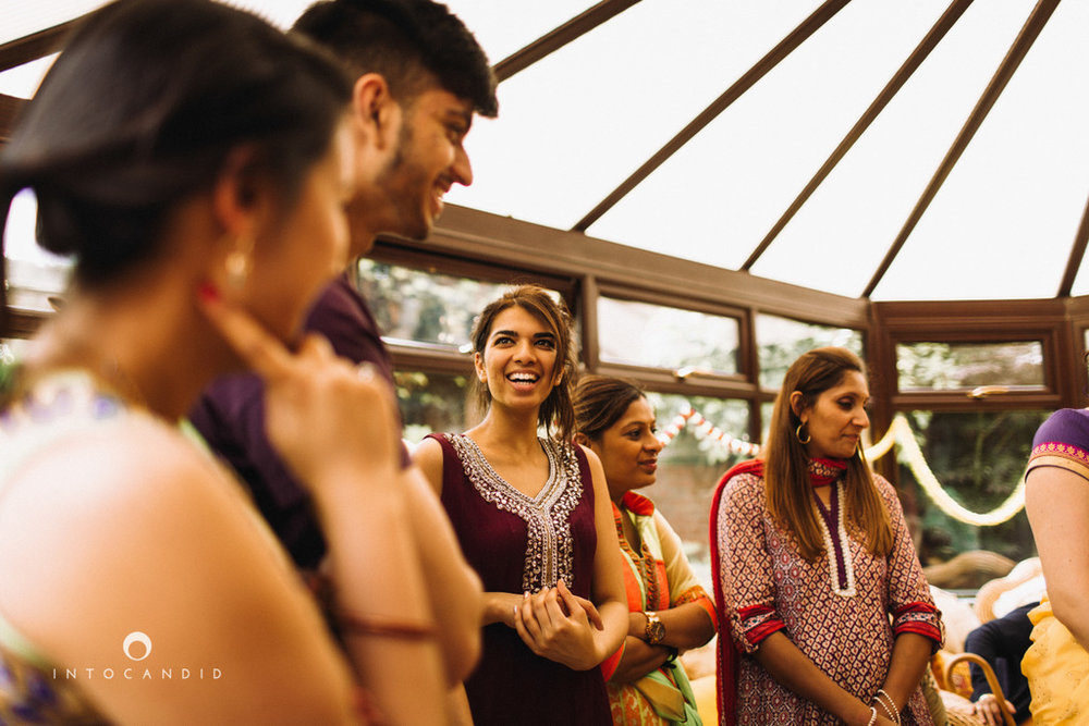 coventry-wedding-photography-wedding-destination-photographers-asian-wedding-hindu-intocandid-manasvi-ketan-photographer-60.jpg