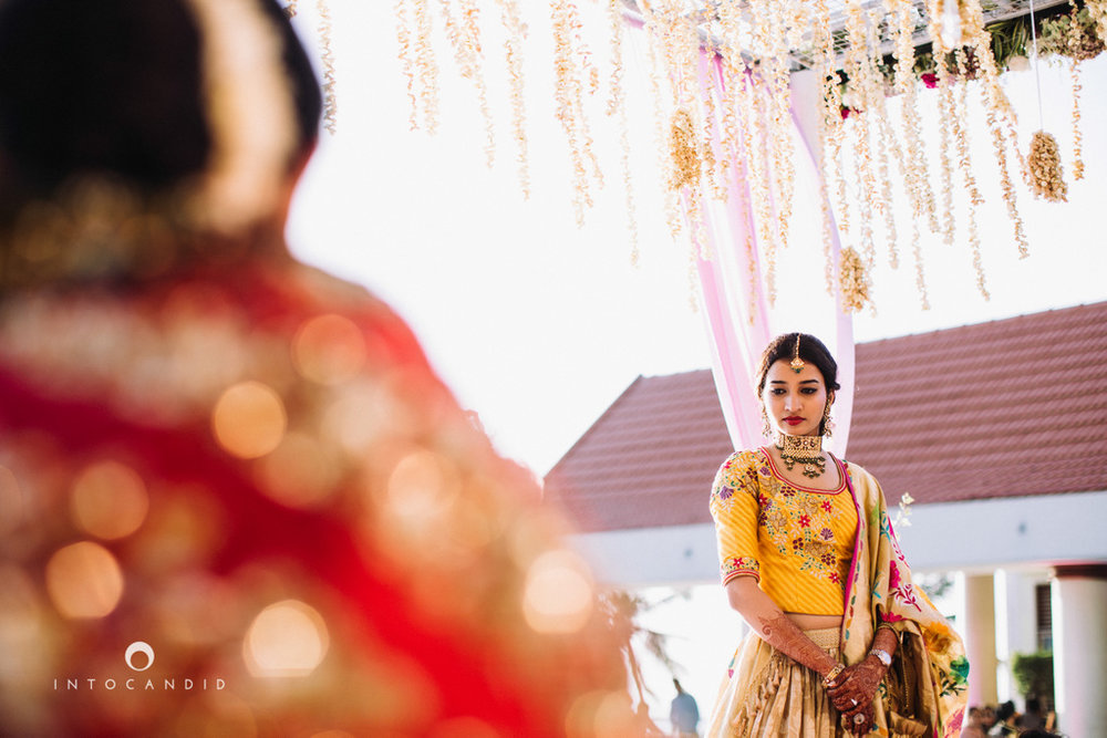 leela-kovalam-wedding-destination-indian-wedding-photography-intocandid-ra-46.jpg