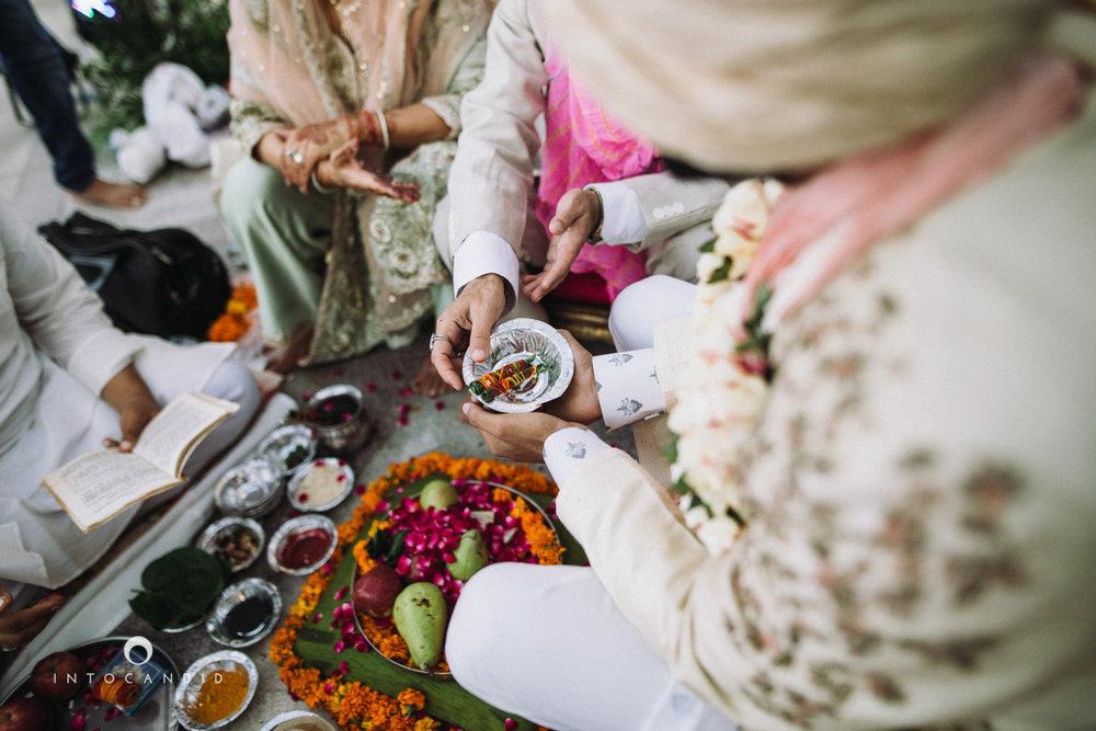destination-delhi-wedding-photography-intocandid-photographer-ketan-photographer-manasvi-photographer-32.jpg