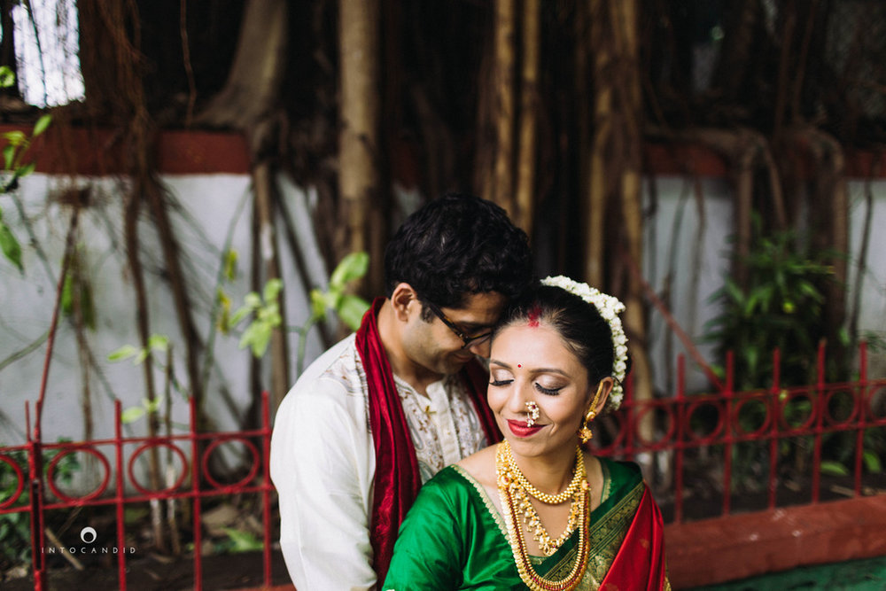 mumbai-wedding-photographers-intocandid-maharashtrian-wedding-photography-sa-01.jpg