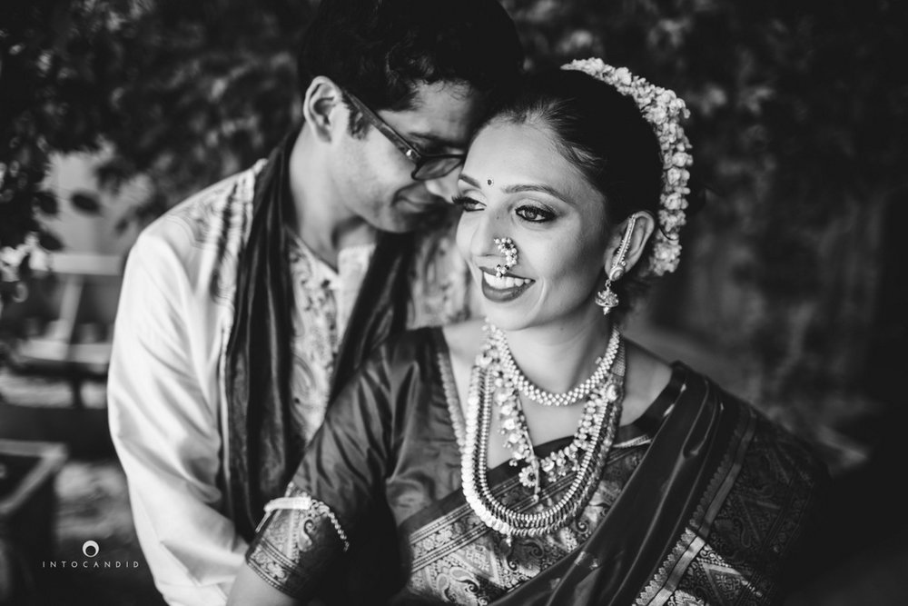 mumbai-wedding-photographers-intocandid-maharashtrian-wedding-photography-sa-33.jpg