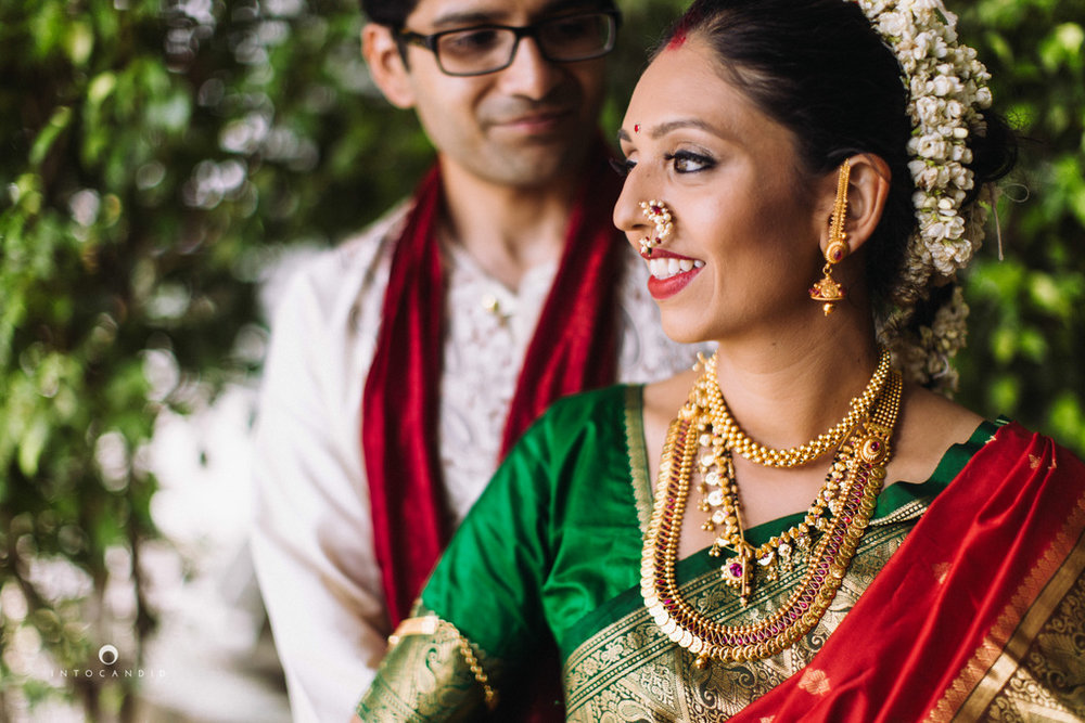 mumbai-wedding-photographers-intocandid-maharashtrian-wedding-photography-sa-32.jpg