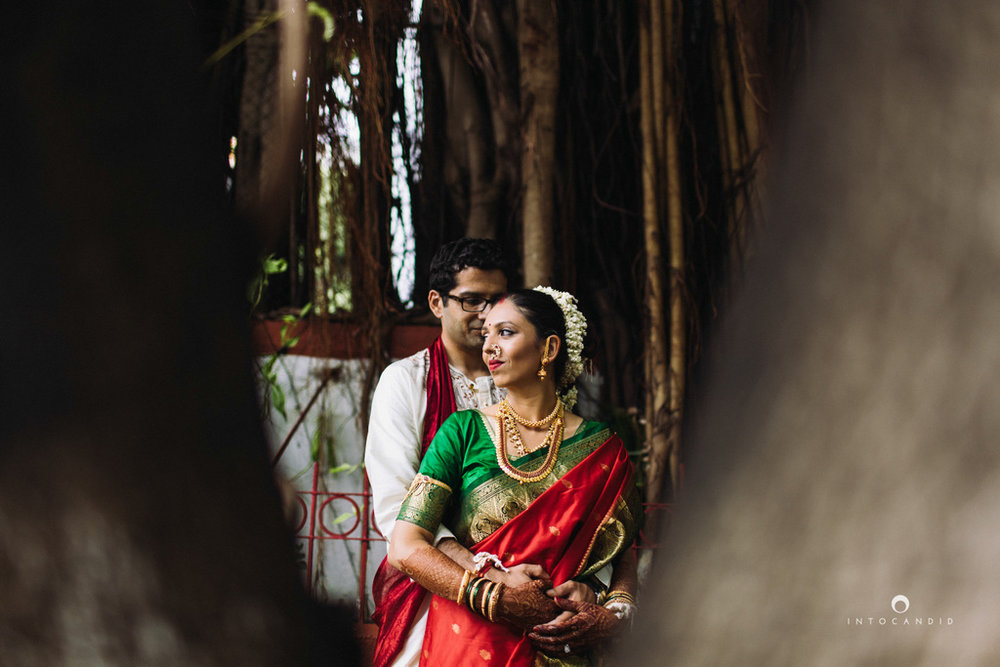 mumbai-wedding-photographers-intocandid-maharashtrian-wedding-photography-sa-38.jpg