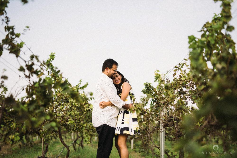 vineyardprewedding-coupleshoot-intocandid-photography-destination-wedding-photographer-03.jpg