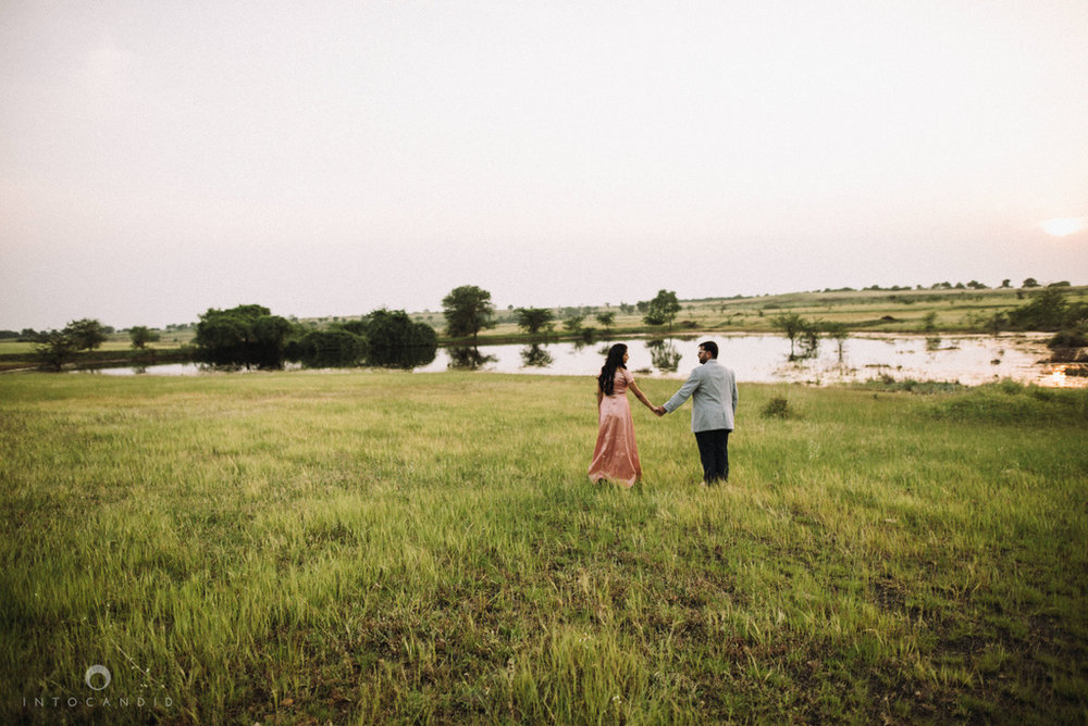 vineyardprewedding-coupleshoot-intocandid-photography-destination-wedding-photographer-09.jpg