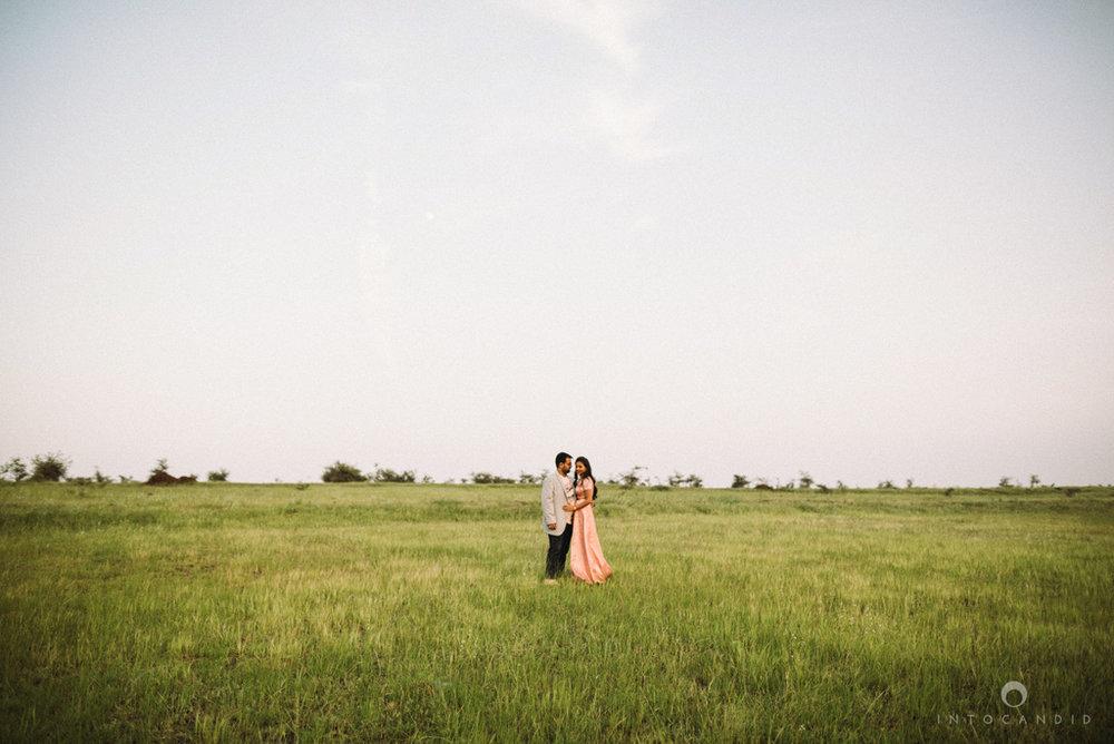 vineyardprewedding-coupleshoot-intocandid-photography-destination-wedding-photographer-10.jpg