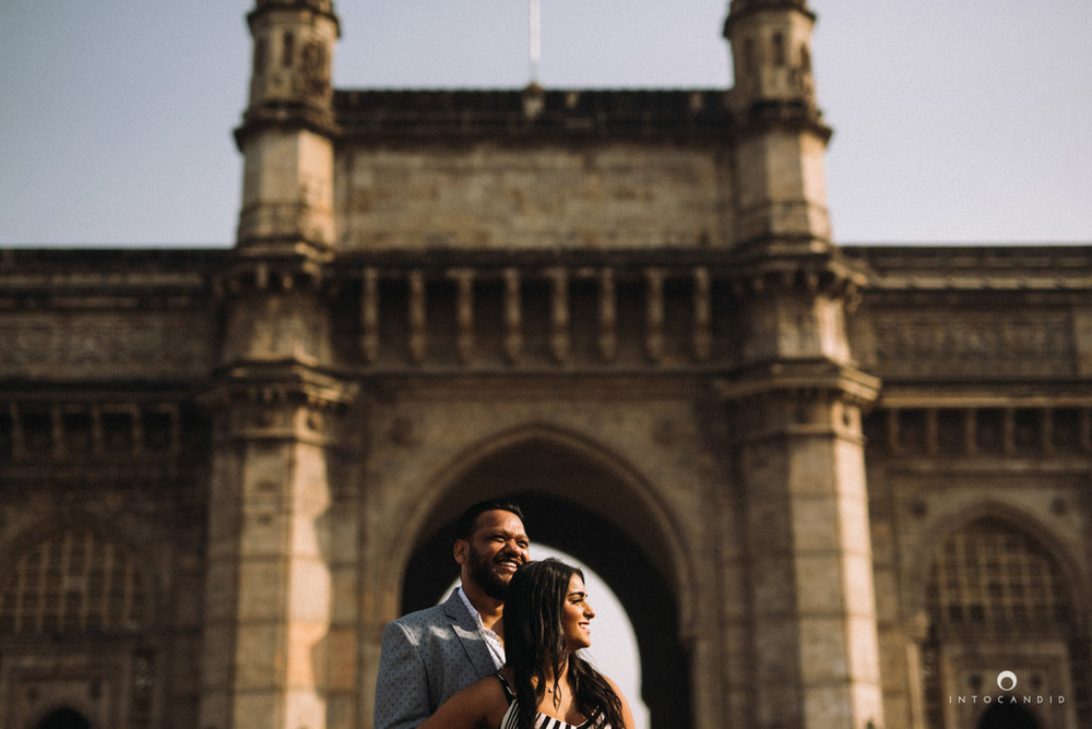 candid-wedding-photographer-mumbai-candid-wedding-photography-couple-shoot-prewedding-04.jpg