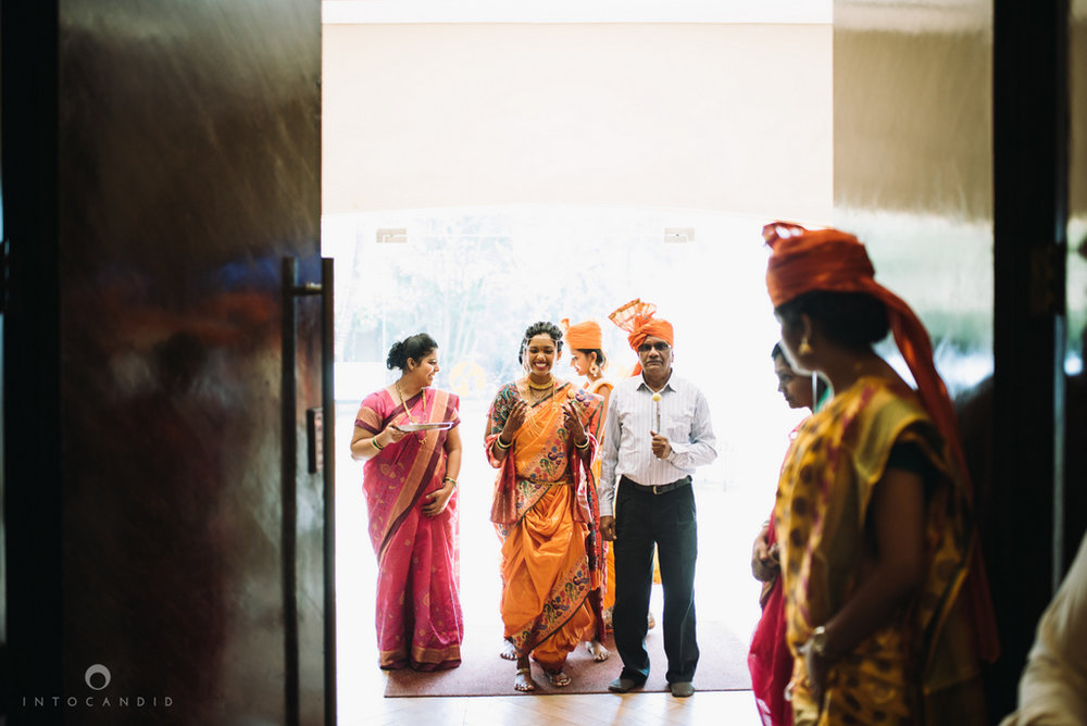 mumbai_marathi_wedding_photographer_intocandid_photography_ketan_manasvi_081.jpg