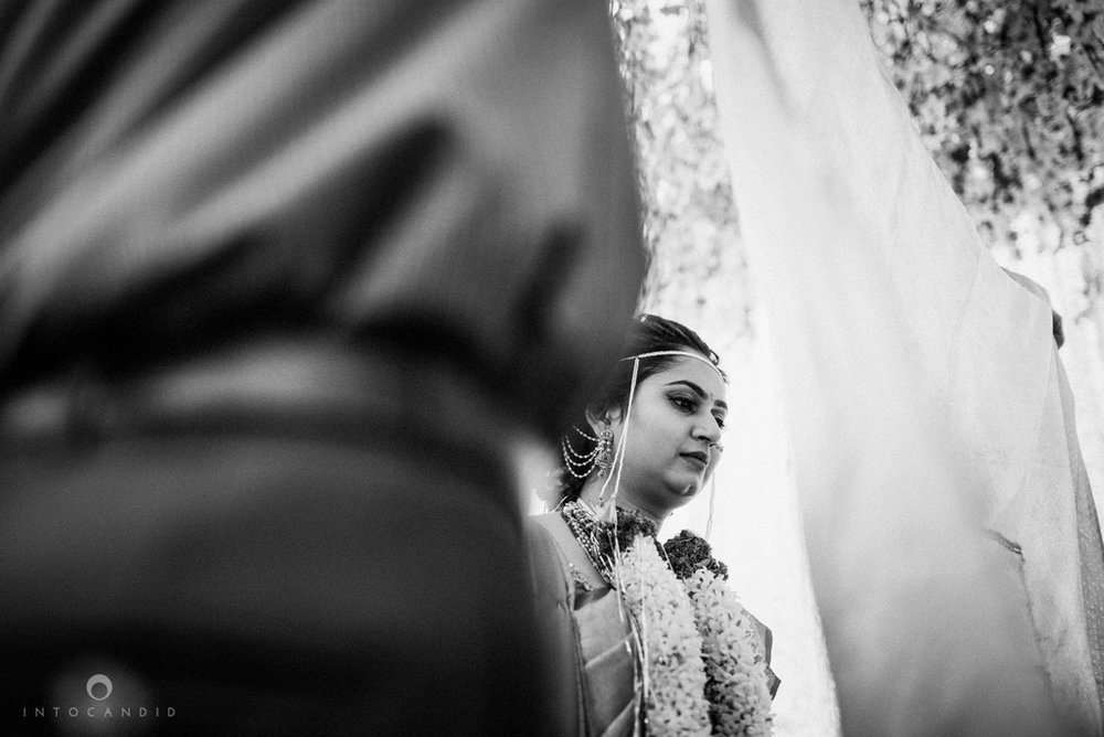 pune_wedding_photographer_intocandid_wedding_photography_ketan_photographer_manasvi_photographer_34.jpg