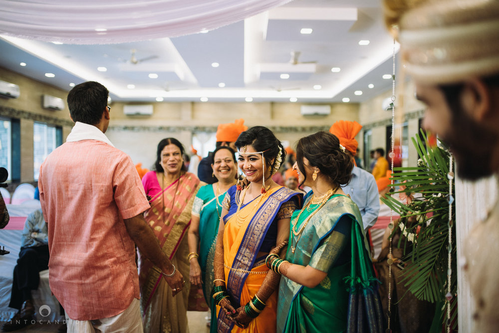 mumbai_wedding_photographer_maharasthrian_wedding_photographer_ta_16.jpg