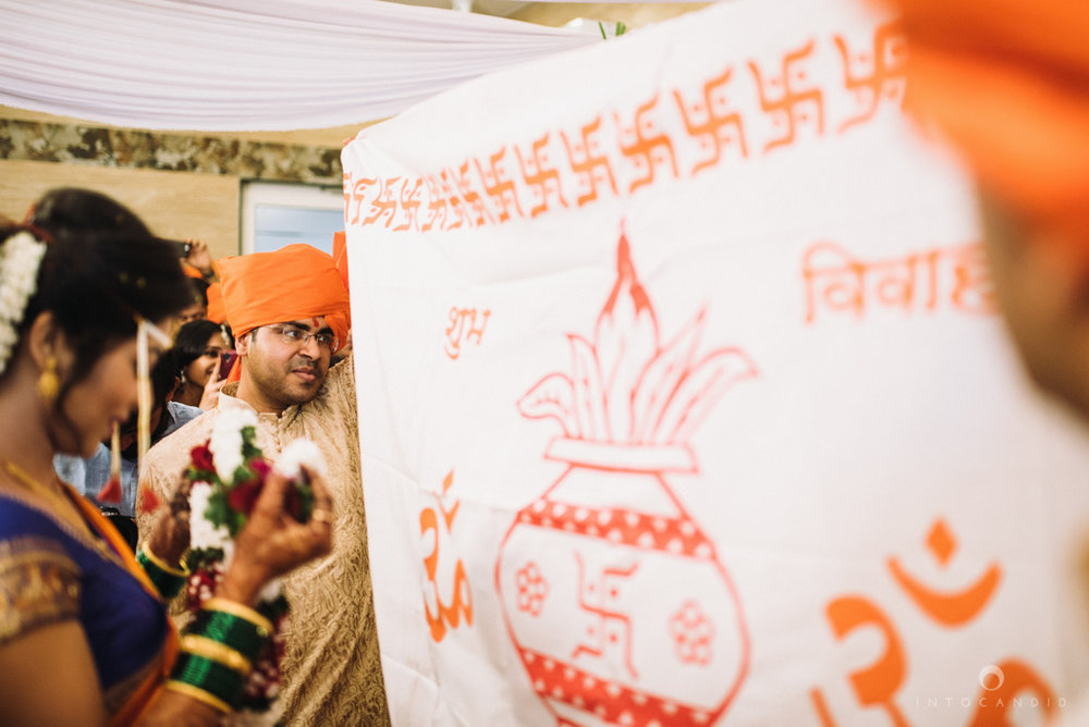 mumbai_wedding_photographer_maharasthrian_wedding_photographer_ta_24.jpg