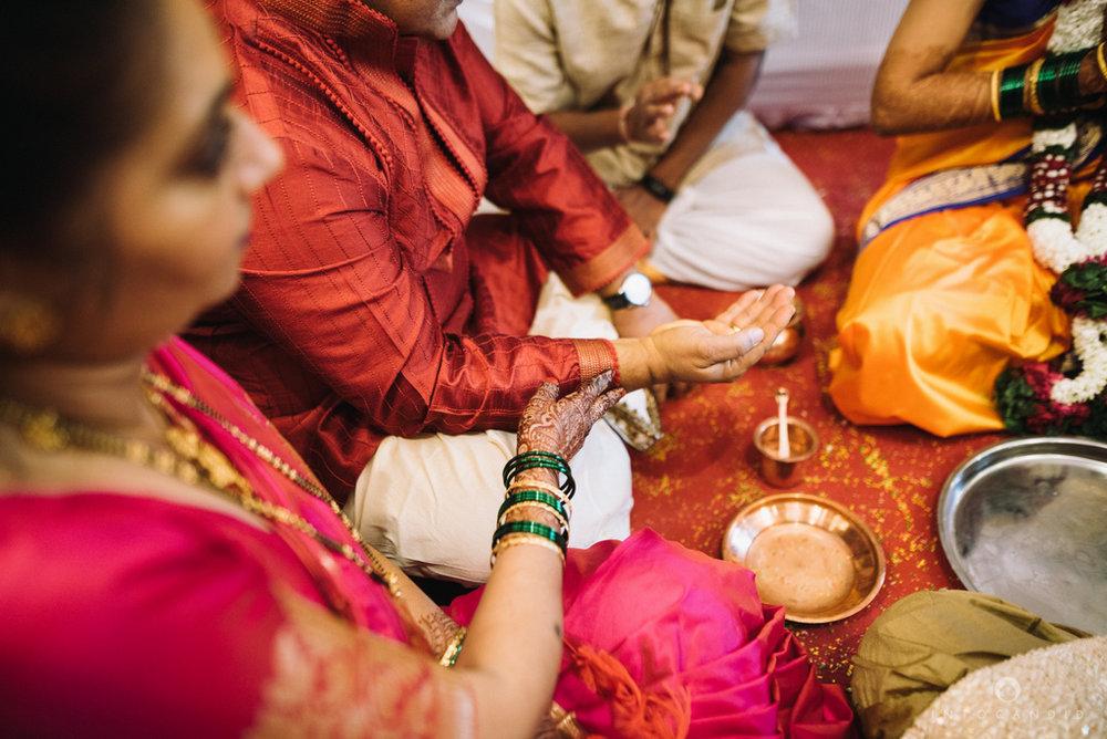 mumbai_wedding_photographer_maharasthrian_wedding_photographer_ta_32.jpg