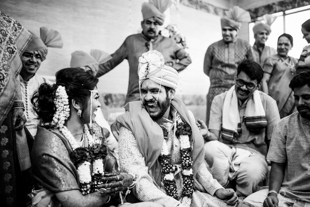 mumbai_wedding_photographer_maharasthrian_wedding_photographer_ta_44.jpg