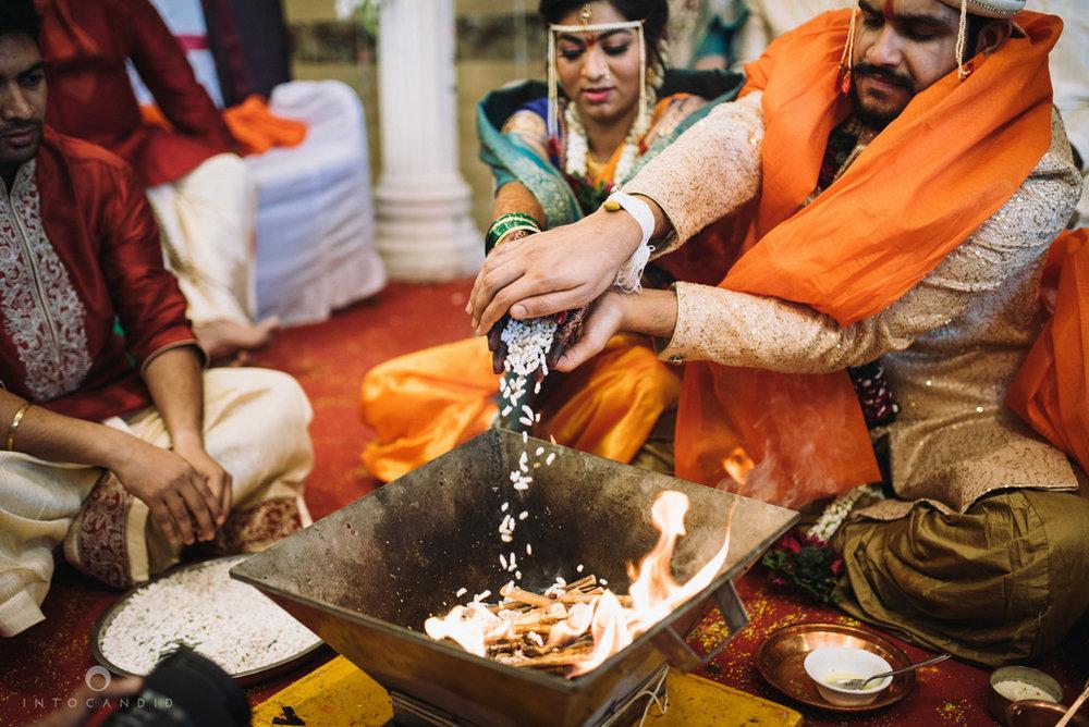 mumbai_wedding_photographer_maharasthrian_wedding_photographer_ta_47.jpg