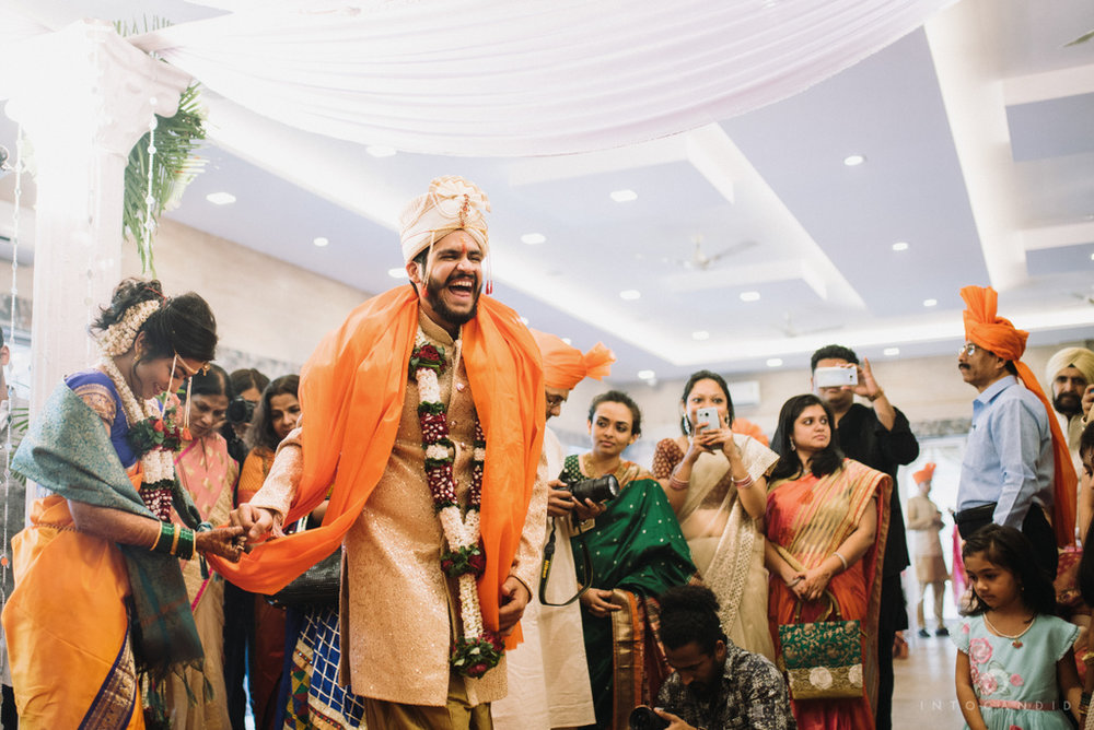 mumbai_wedding_photographer_maharasthrian_wedding_photographer_ta_52.jpg