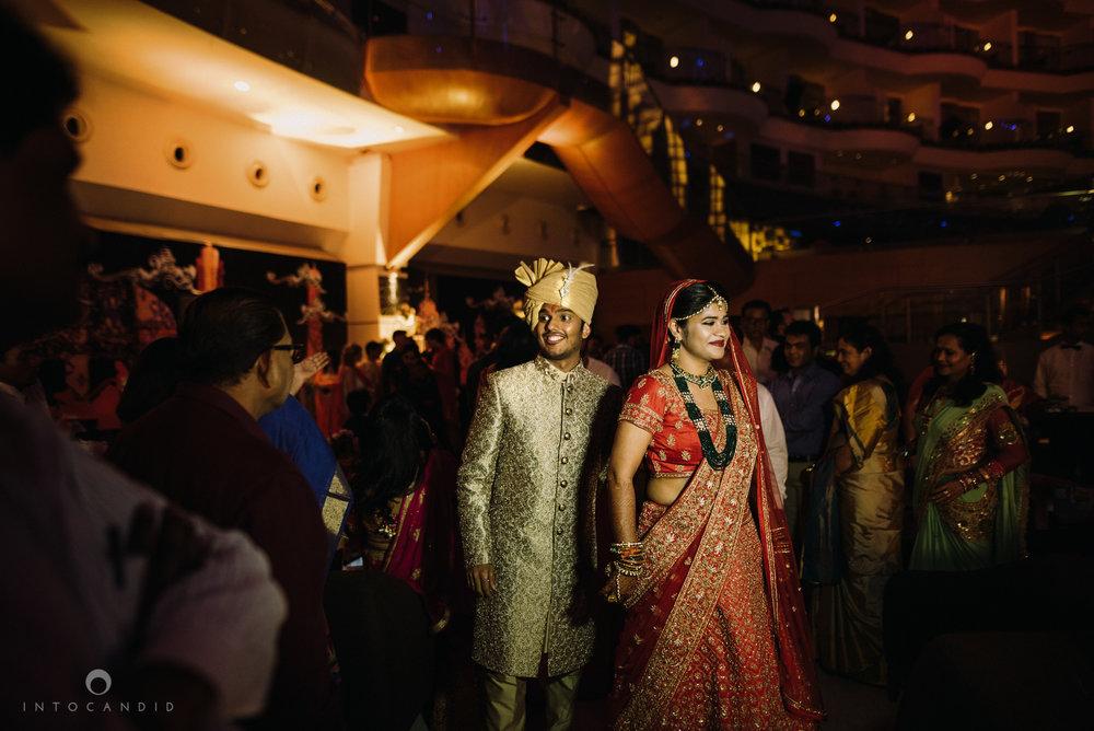 mumbai_wedding_photographer_intocandid_saharastar_ketan_manasvi_ts_020.jpg