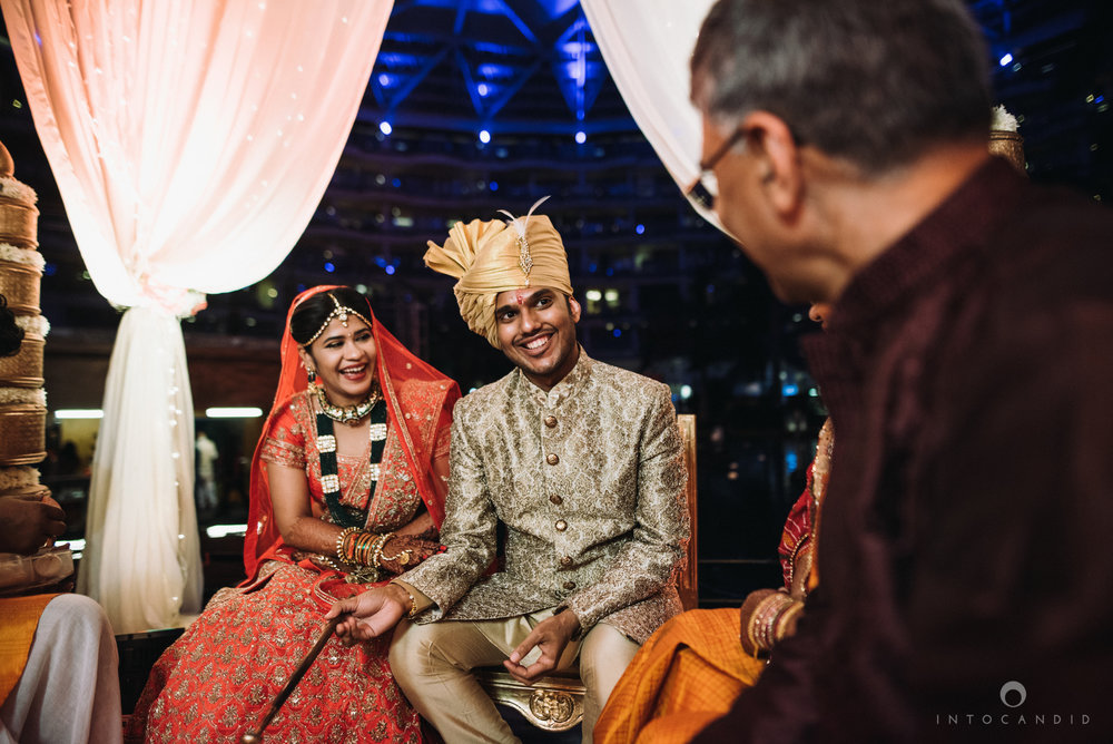 mumbai_wedding_photographer_intocandid_saharastar_ketan_manasvi_ts_023.jpg