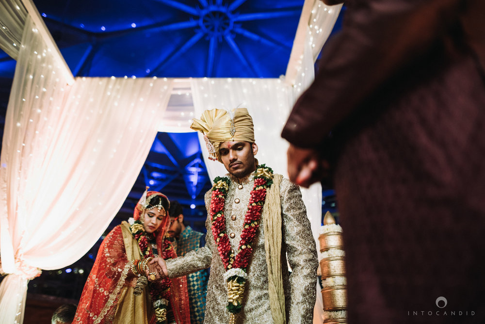 mumbai_wedding_photographer_intocandid_saharastar_ketan_manasvi_ts_027.jpg