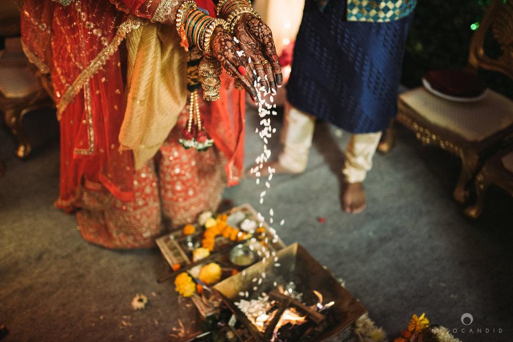 mumbai_wedding_photographer_intocandid_saharastar_ketan_manasvi_ts_030.jpg