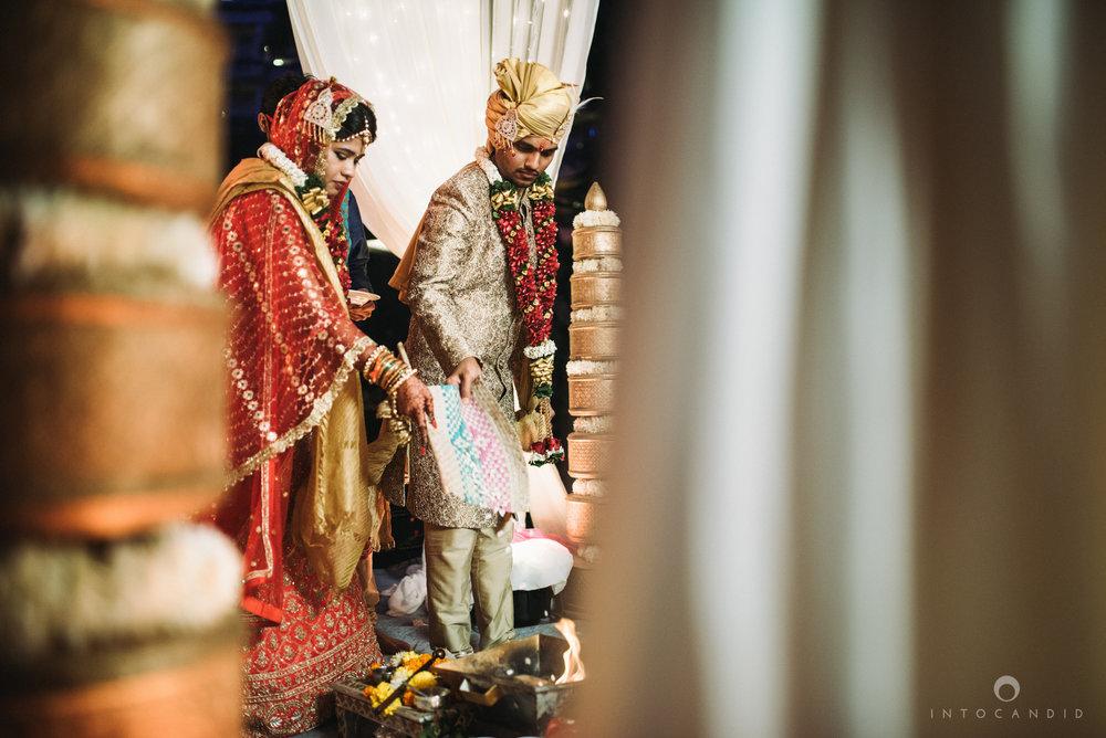 mumbai_wedding_photographer_intocandid_saharastar_ketan_manasvi_ts_028.jpg