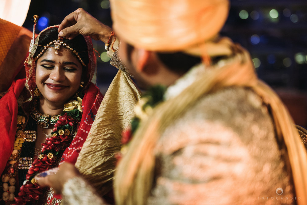 mumbai_wedding_photographer_intocandid_saharastar_ketan_manasvi_ts_032.jpg
